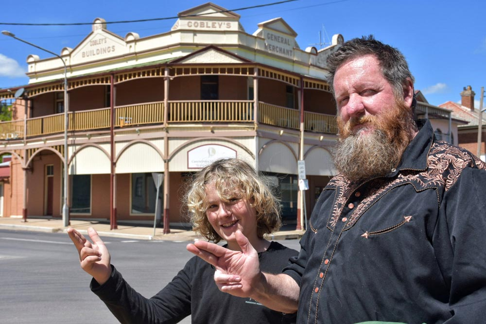 Raff getting ready to hold up the Carcoar Commercial Bank