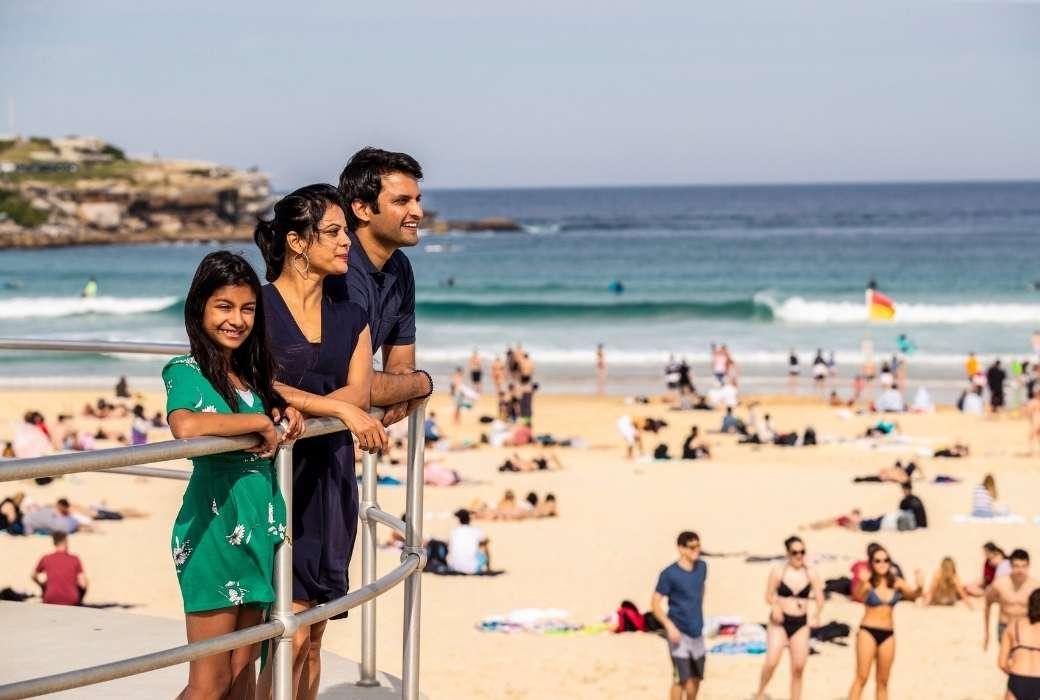 Bondi Beach, Sydney © Destination NSW