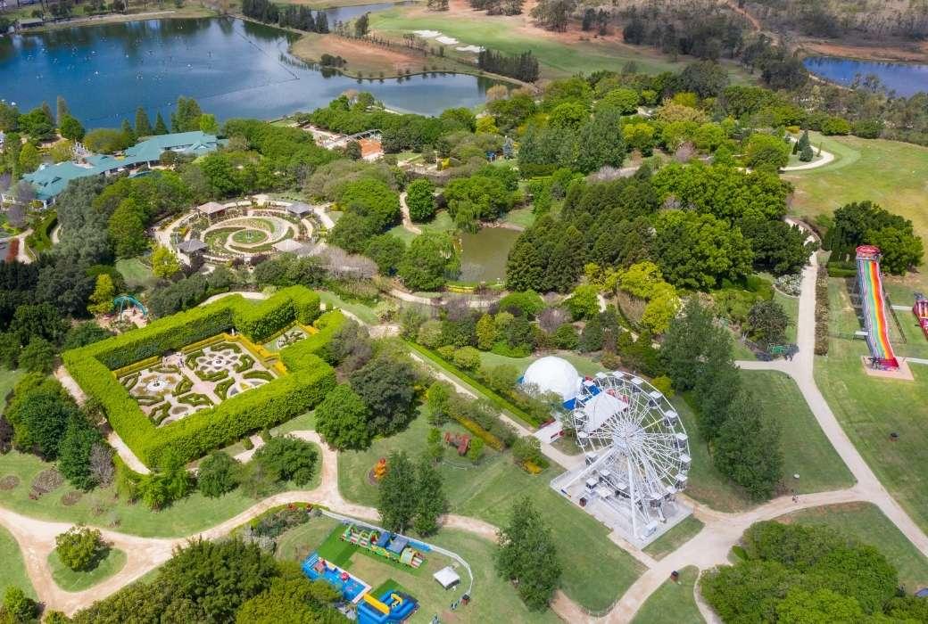 Short breaks from Sydney - Hunter Valley Gardens © Destination NSW