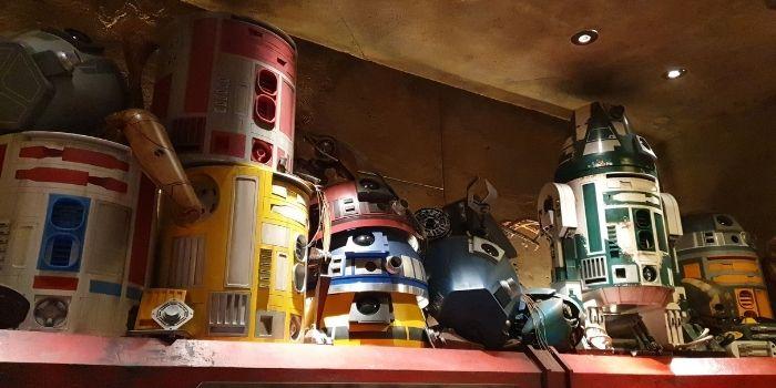 Droids at Star Wars Galaxys Edge