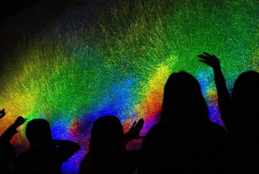 rainbow coloured light display at vivid sydney 2021